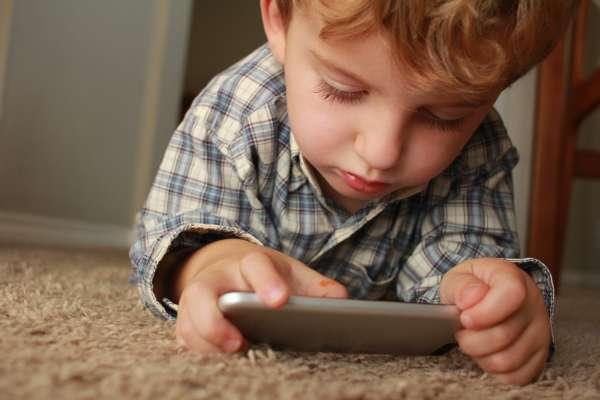 """""""Momo"""" el terror de los padres en Youtube Kids"""