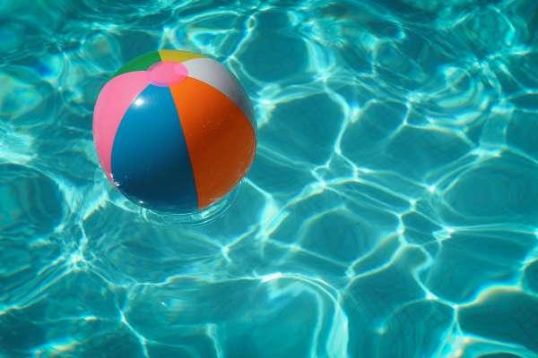 Las mejores piscinas cerca de Santiago para la familia