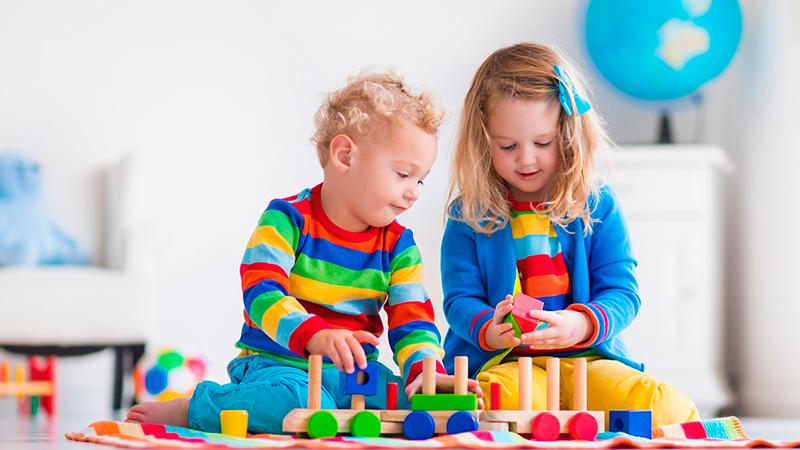 Juegos para estimular la imaginación de los niños - Entrekids