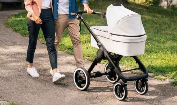 ¿Cómo escoger el coche de bebé adecuado?